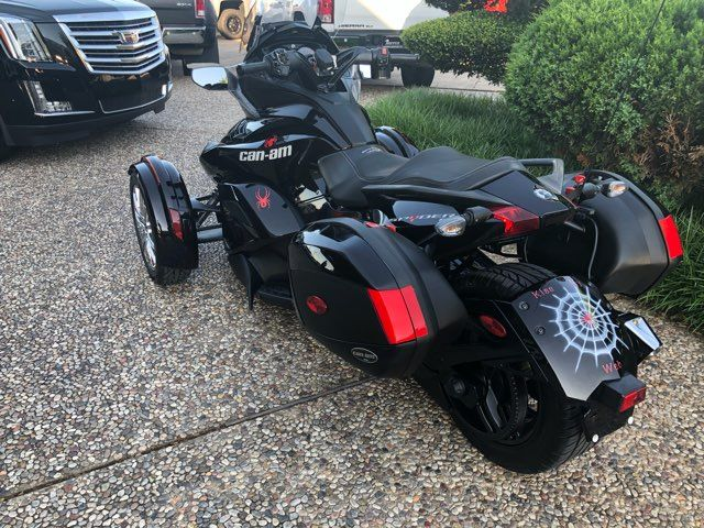 2014 Can-Am Spyder ST ST in McKinney, TX 75070