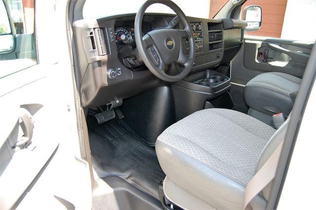 2014 Chevrolet 12 Pass. LS Charlotte, North Carolina 4
