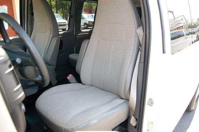 2014 Chevrolet 12 Pass. LS Charlotte, North Carolina 5