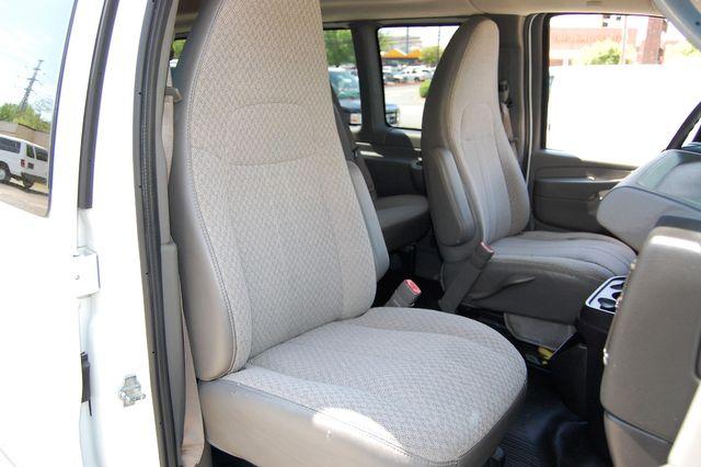 2014 Chevrolet 12 Pass. LS Charlotte, North Carolina 7