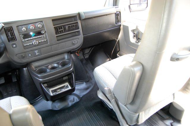 2014 Chevrolet 12 Pass. LS Charlotte, North Carolina 17