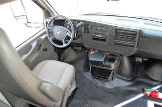 2014 Chevrolet 15 Pass. Act. Bus Charlotte, North Carolina 19