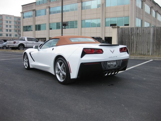 2014 Chevrolet Corvette Stingray 2LT Convertible Conshohocken, Pennsylvania 4