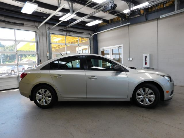 2014 Chevrolet Cruze LS in Airport Motor Mile ( Metro Knoxville ), TN 37777