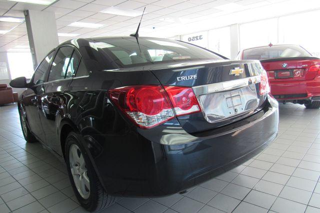 2014 Chevrolet Cruze 1LT Chicago, Illinois 5