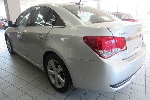 2014 Chevrolet Cruze 2LT Chicago, Illinois 4