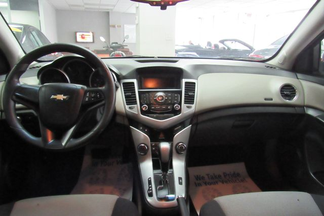 2014 Chevrolet Cruze LS Chicago, Illinois 10