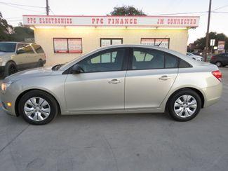 2014 Chevrolet Cruze LS in Devine, Texas 78016