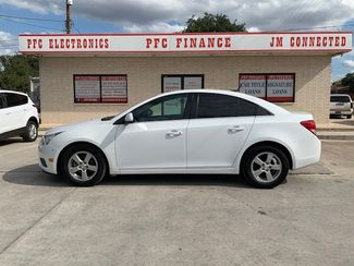 2014 Chevrolet Cruze 1LT in Devine, Texas 78016