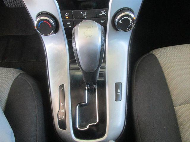 2014 Chevrolet Cruze LS Gardena, California 7
