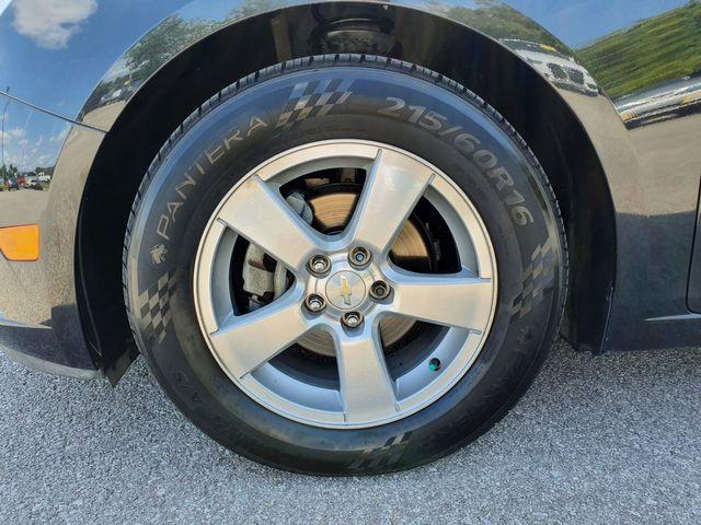 2014 Chevrolet Cruze 1LT 1.4T Manual 6-Speed w/1SC in Louisville, TN 37777