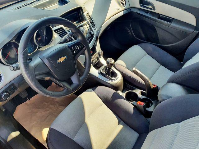 2014 Chevrolet Cruze LS 1.8L 6M in Louisville, TN 37777