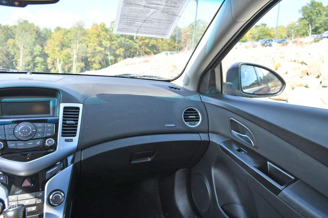 2014 Chevrolet Cruze 1LT Naugatuck, Connecticut 17