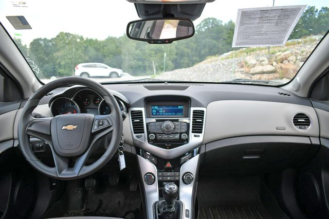 2014 Chevrolet Cruze LS Naugatuck, Connecticut 18