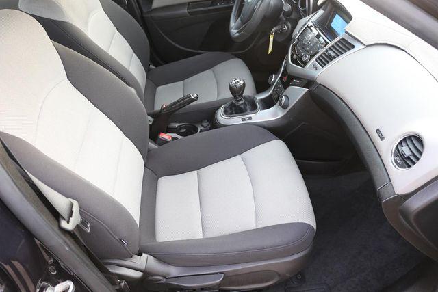 2014 Chevrolet Cruze LS Santa Clarita, CA 14