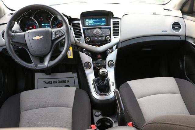 2014 Chevrolet Cruze LS Santa Clarita, CA 7