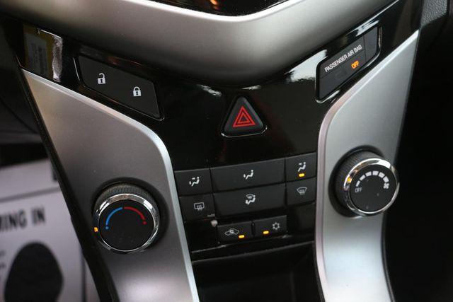 2014 Chevrolet Cruze LS Santa Clarita, CA 22