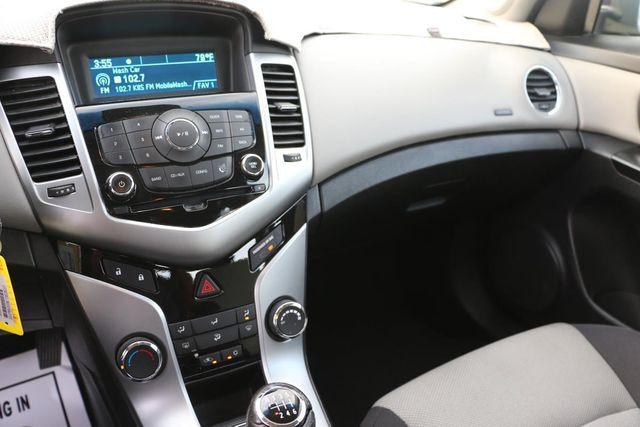 2014 Chevrolet Cruze LS Santa Clarita, CA 19