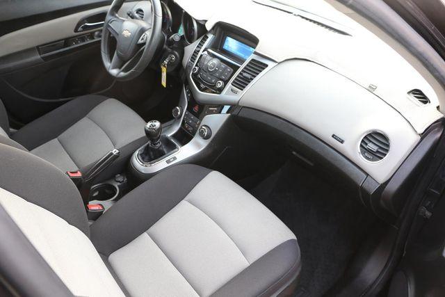2014 Chevrolet Cruze LS Santa Clarita, CA 9
