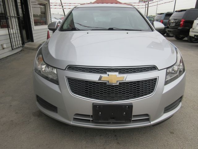 2014 Chevrolet Cruze LT, PRICE SHOWN IS THE DOWN PAYMENT south houston, TX 6