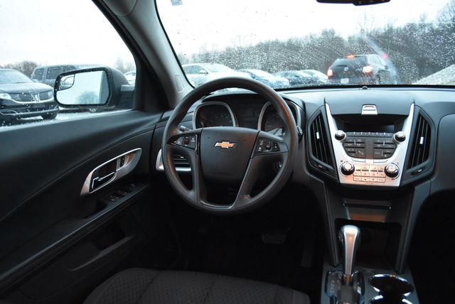 2014 Chevrolet Equinox LS Naugatuck, Connecticut 16