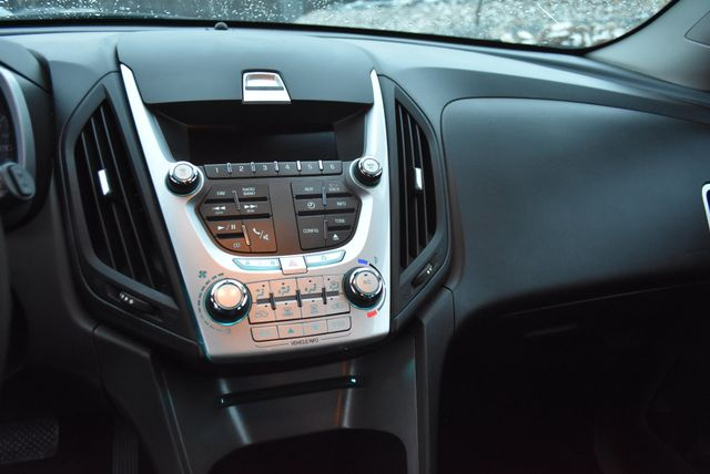 2014 Chevrolet Equinox LS Naugatuck, Connecticut 22