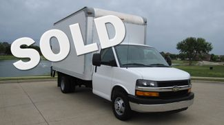2014 Chevrolet Express 14' Cutaway Delivery Moving Straight Box Truck W/ Maxon Liftgate Irving, Texas
