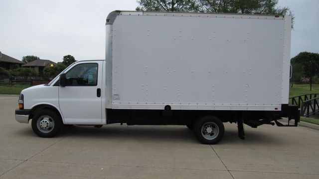 2014 Chevrolet Express 14' Cutaway Delivery Moving Straight Box Truck W/ Maxon Liftgate Irving, Texas 10