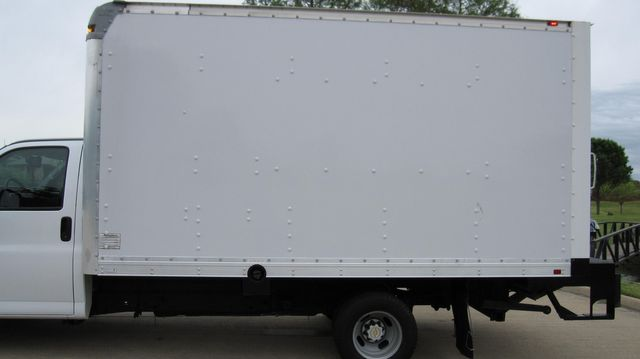2014 Chevrolet Express 14' Cutaway Delivery Moving Straight Box Truck W/ Maxon Liftgate Irving, Texas 12