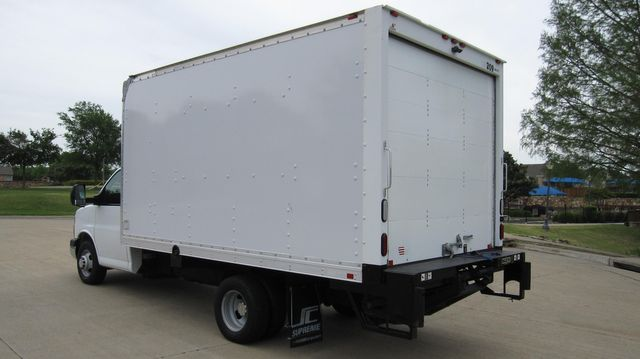 2014 Chevrolet Express 14' Cutaway Delivery Moving Straight Box Truck W/ Maxon Liftgate Irving, Texas 13