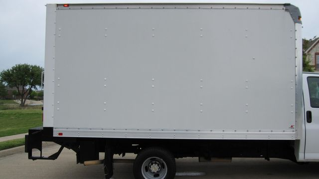 2014 Chevrolet Express 14' Cutaway Delivery Moving Straight Box Truck W/ Maxon Liftgate Irving, Texas 16