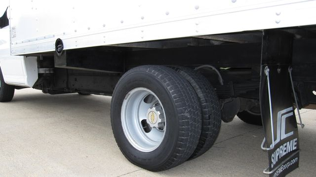 2014 Chevrolet Express 14' Cutaway Delivery Moving Straight Box Truck W/ Maxon Liftgate Irving, Texas 63