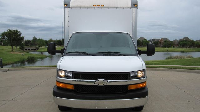 2014 Chevrolet Express 14' Cutaway Delivery Moving Straight Box Truck W/ Maxon Liftgate Irving, Texas 77