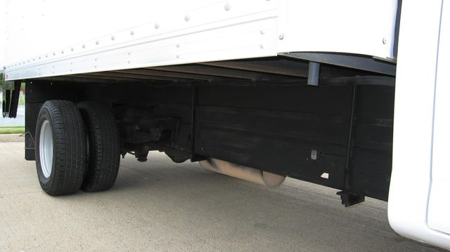 2014 Chevrolet Express 14' Cutaway Delivery Moving Straight Box Truck W/ Maxon Liftgate Irving, Texas 65