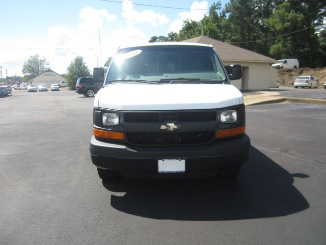 2014 Chevrolet Express Cargo Van Batesville, Mississippi 4
