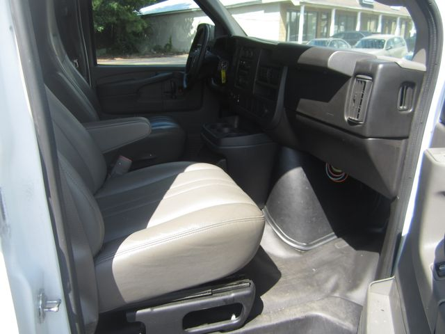 2014 Chevrolet Express Cargo Van Batesville, Mississippi 26