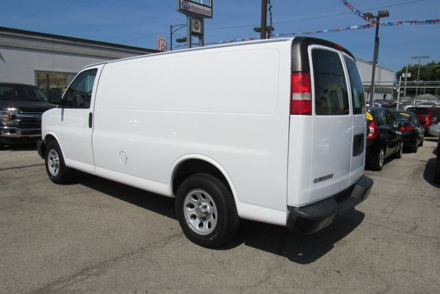 2014 Chevrolet Express Cargo Van Chicago, Illinois 4