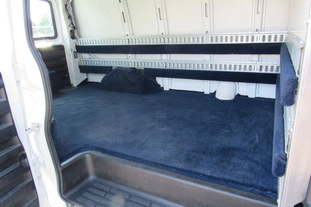 2014 Chevrolet Express Cargo Van Chicago, Illinois 8