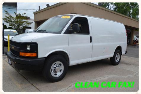 2014 Chevrolet Express Cargo Van 3500 in Lynbrook, New