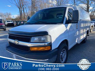 2014 Chevrolet Express Commercial Cutaway Work Van in Kernersville, NC 27284