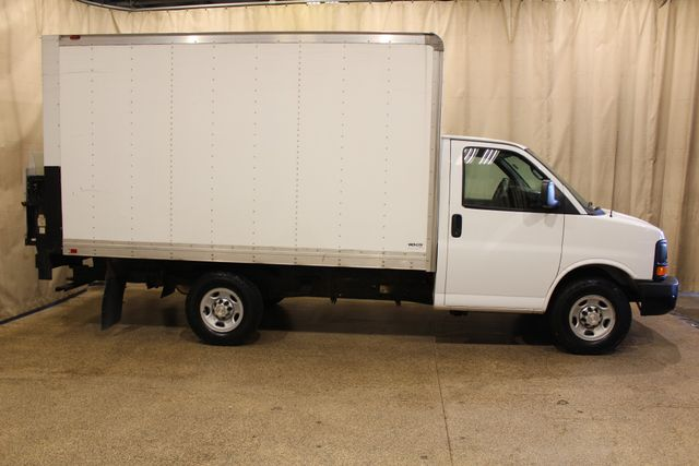2014 Chevrolet Express Commercial Cutaway in Roscoe IL, 61073