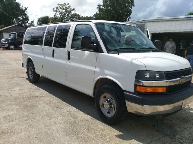 2014 Chevrolet Express Passenger LT Houston, Mississippi 1
