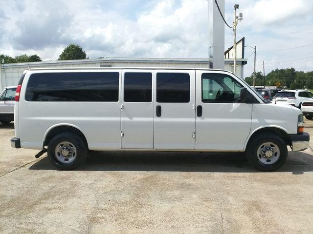 2014 Chevrolet Express Passenger LT Houston, Mississippi 4