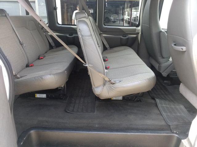 2014 Chevrolet Express Passenger LT Houston, Mississippi 8