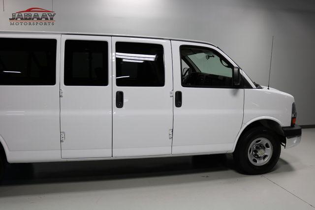 2014 Chevrolet Express Passenger LT Merrillville, Indiana 28