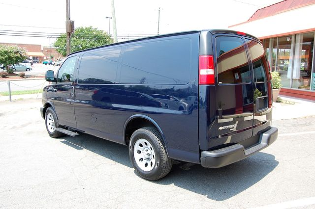 2014 Chevrolet G1500 Cargo Van Charlotte, North Carolina 3