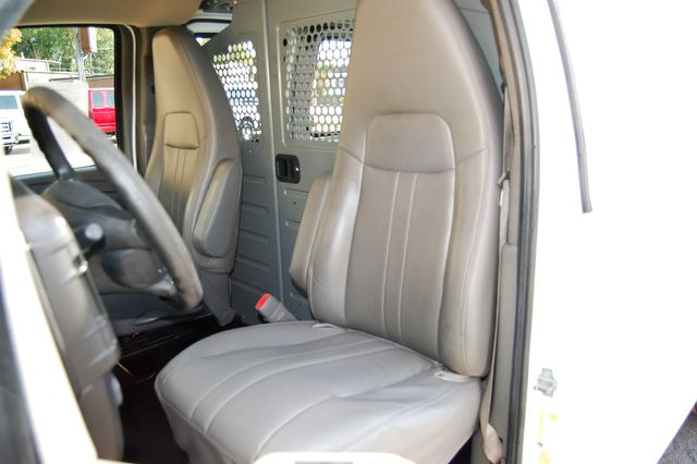 2014 Chevrolet G2500 Cargo Van Charlotte, North Carolina 5