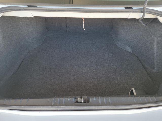 2014 Chevrolet Impala Limited LTZ Gardena, California 11