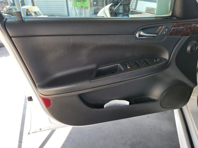2014 Chevrolet Impala Limited LTZ Gardena, California 9