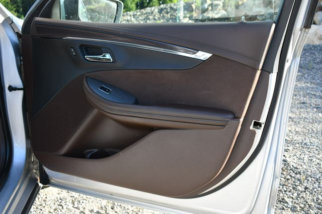 2014 Chevrolet Impala LT Naugatuck, Connecticut 12